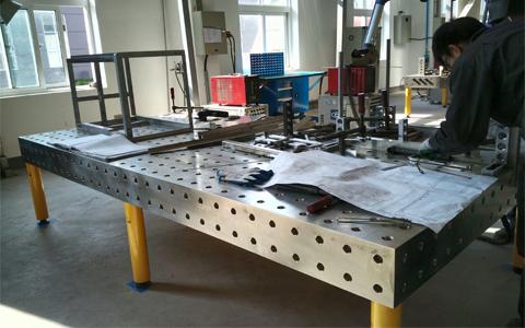 不锈钢三维柔性焊接平台